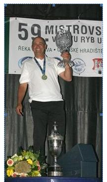 Sean Ashby World Match Fishing Champion 2012.jpg