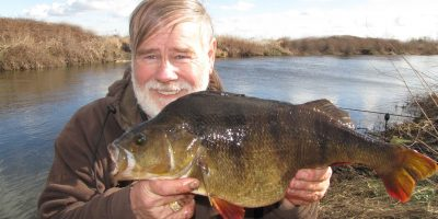 Phil Smith 5lb 4oz perch.JPG
