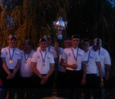 Englands junior world match fishing team.jpg