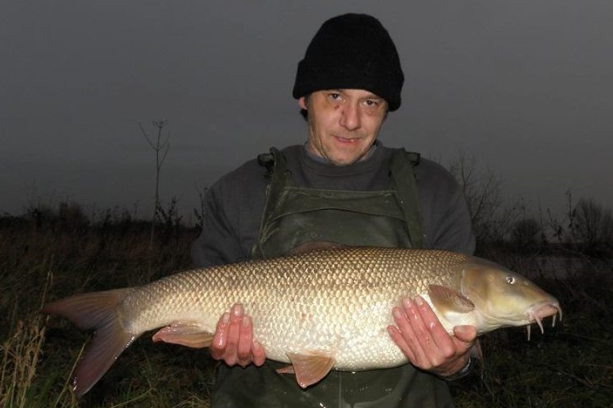big river trent barbel.png