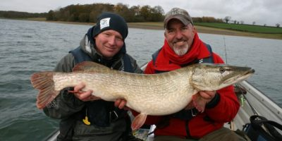 world lure champs heads to England