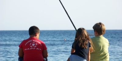 sea fishing chldren